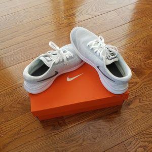 Nike Womens Running Shoes BRAND NEW